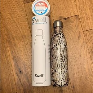 NEW - S'well Water Bottle